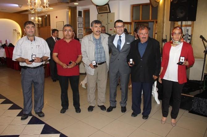 Kızılay'dan Gönüllü Kan Bağışçılarına Ödül