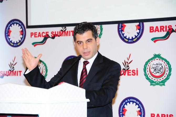 Antalya Büyükşehir Belediye Başkanı Menderes Tevfik Türel'e Şükran Ve Onur Ödülü