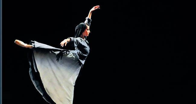 Musiki eşliğinde 'Çalıkuşu Balesi'