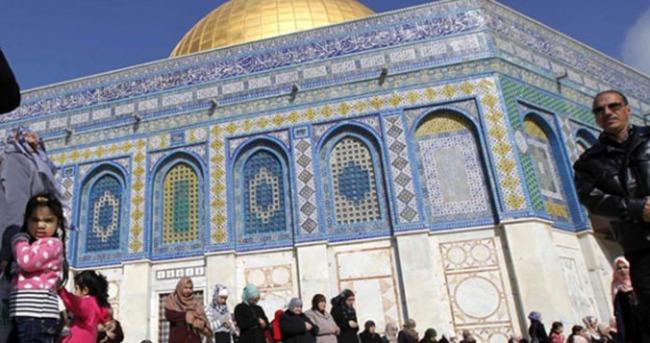 İsrail'den Ramazan ayında Kudüs ziyaretine yasak