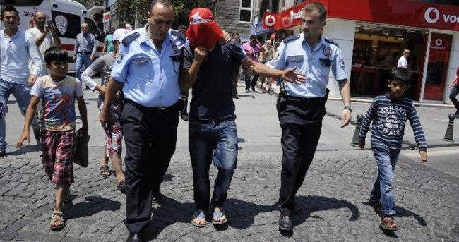 Türk bayraklı intihar girişimi
