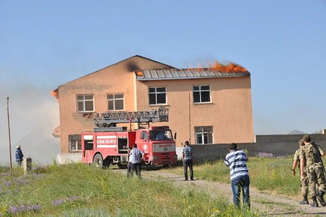 Kullanılmayan Polis Dinlenme Tesisinde Yangın