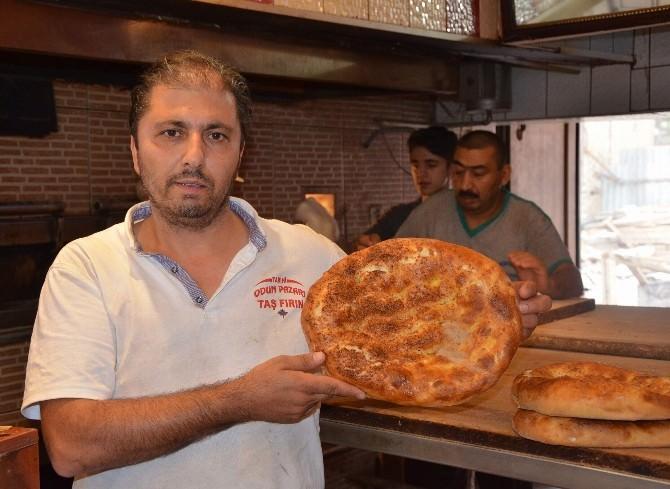 Pide Satışları Ramazanın İlk Günlerine Göre Düştü
