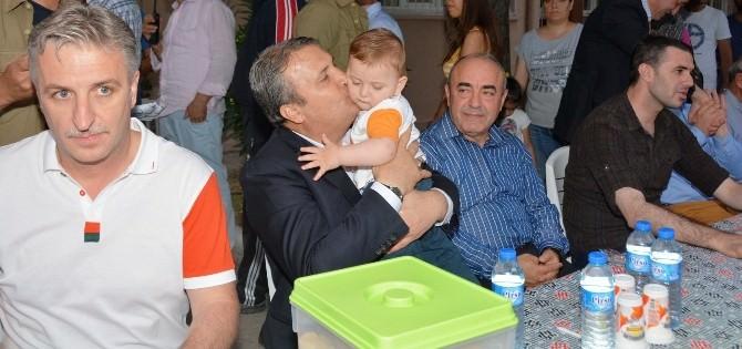Başkan Çerçi Merkez Efendi'de Vatandaşlar İle İftarda Buluştu