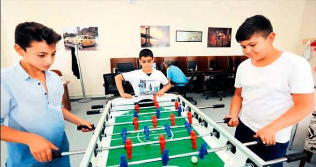 Gençlik merkezinde tatil hareketliliği