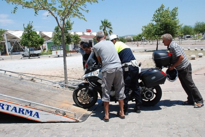 Didim'de İki Sürücünün Kovalamacasında Kaza Kaçınılmaz Oldu