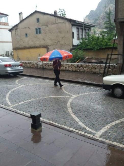 Vatandaştan Yağmura Karşı Büyük Önlem