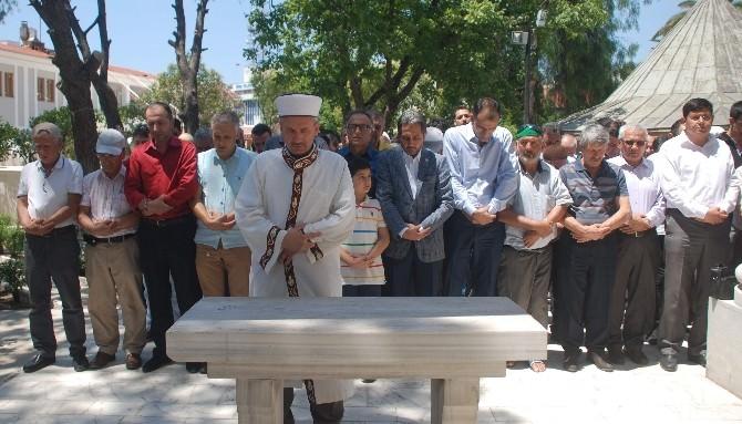 Aydın Doğu Türkistan Şehitleri İçin Saf Tuttu