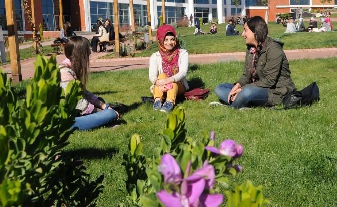 7 Aralık Üniversitesi 3 Bin 65 Yeni Öğrenci Alacak