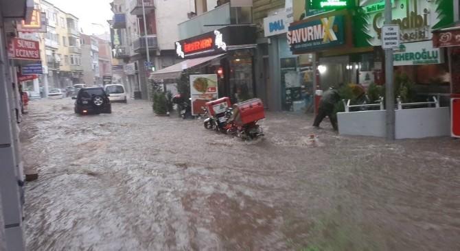 Uşak Ve Çevresinde Hafta Sonu Kuvvetli Yağış Bekleniyor