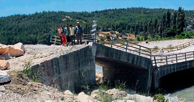 Ölüm köprüsü kapandı