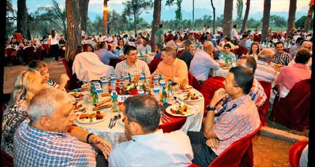 Zeytinpark'ta iftar