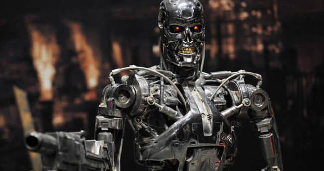 Robotların evcil köpeği olacağız