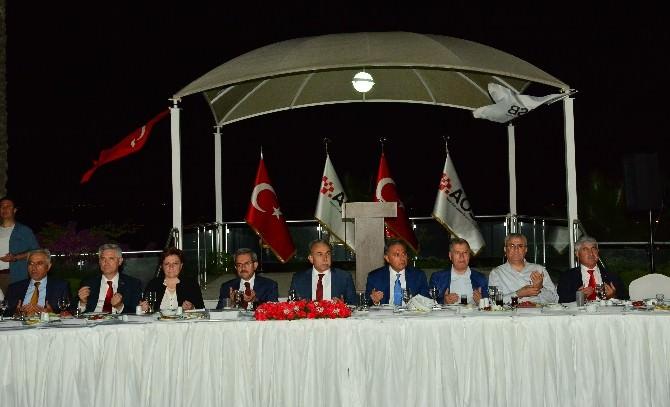 Adana Protokolü Aosb'nin İftarında Buluştu