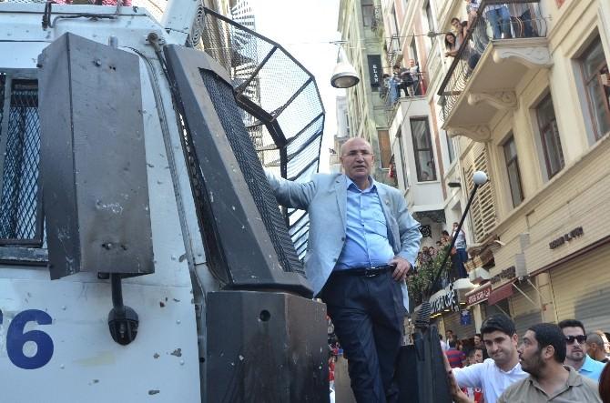 Milletvekili Mahmut Tanal TOMA'nın Üzerine Çıktı