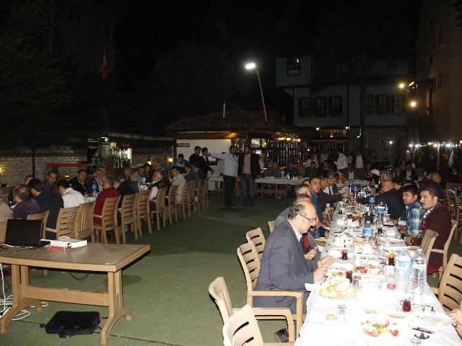 Alparslan Türkeş Sahur Programı Büyük İlgi Gördü