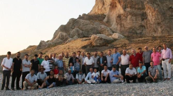 Abyb Üyeleri Amik Sahilinde İftar Açtı