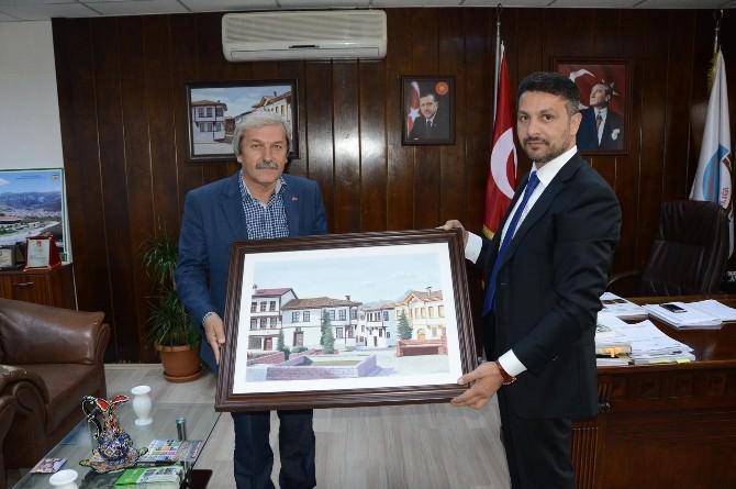 Sivrihisar Belediye Başkanı Yüzügüllü'den Osmaneli Belediyesi'ne Ziyaret