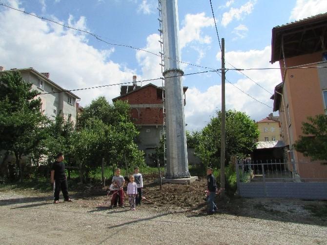 Sandıklı'nın Fatih Mahallesi Kurulan Baz İstasyonundan Rahatsız
