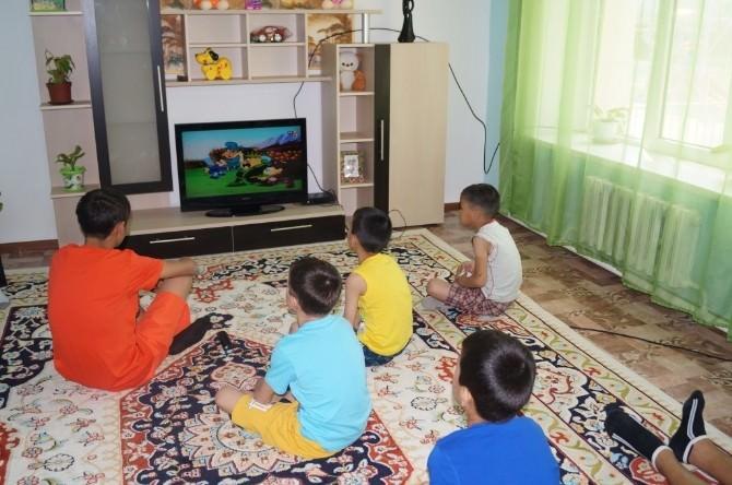 Kazakistan'da Atırau Aile Tipi Yetim Çocuk Ve Gençler Köyü Devlet Kurumu'na Donanım Desteği