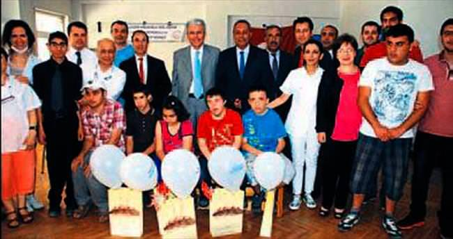 Gaziantep'te otizmli çocuklara diş tedavisi