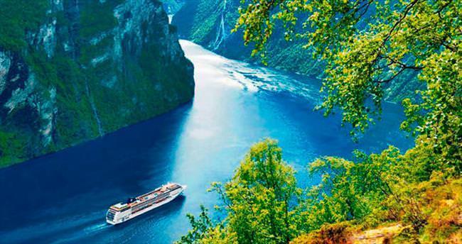 Fiyordlara Teknoloji harikası gemiyle yolculuk