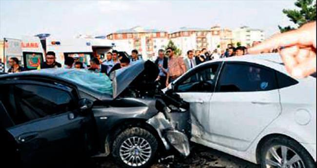 Polis memuru, eşi ve kızı kazada can verdi