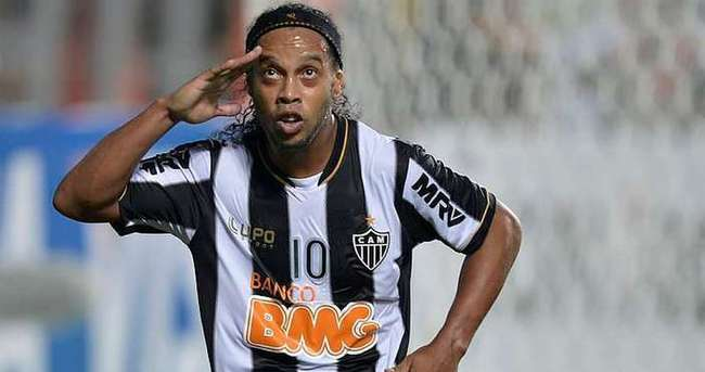 Ronaldinho, Antalyaspor'a müjdeyi verdi