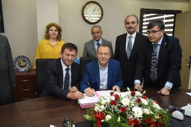 Büyükşehir Belediyesi İle Belediye-iş Arasında Toplu Sözleşme İmzalandı