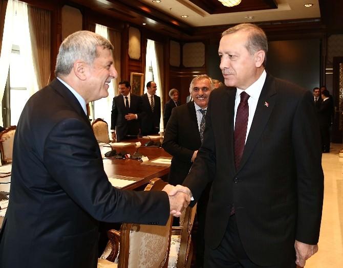 Başkan Karaosmanoğlu, Cumhurbaşkanına Konuk Oldu