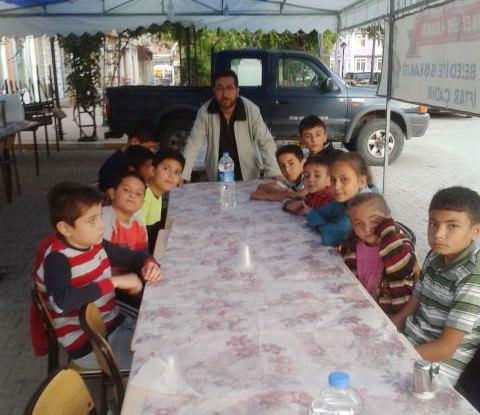 Yaz Kur'an Kursu Öğrencileri İftar Çadırında