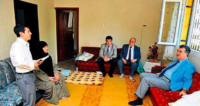Osmaniye Valisi Al halkın derdini dinliyor