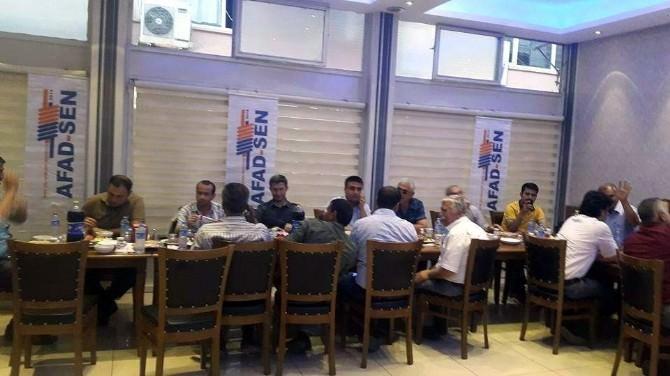 AFAD-sen Üyeleri İftar Yemeğinde Bir Araya Geldi