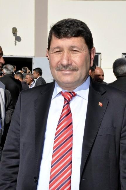 """Karaoğlu: """"Sarıçam Belediyesi İşçi Kıyımı Yapıyor"""""""