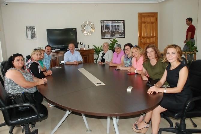 CHP Kadın Kolları MYK Üyelerinden Başkan Atabay'a Ziyaret