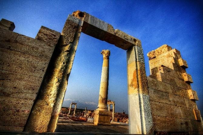 Laodikya Antik Kentine Mükemmellik Sertifikası