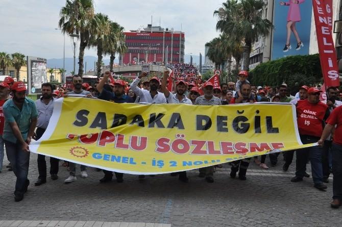 İzmir'de Belediye İşçileri İş Bıraktı