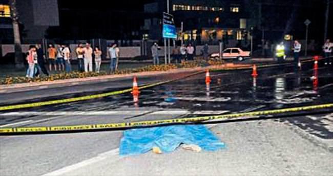 TIR'ın çarptığı genç adam öldü