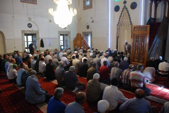Tokat'ta Süleyman Demirel İçin Mevlit Okutuldu