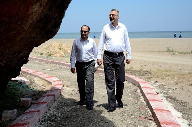Başkan Özkan, Belediyenin Çalışmalarını Yerinde İnceledi