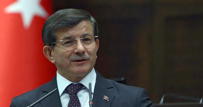 Başbakan Davutoğlu önemli mesajlar