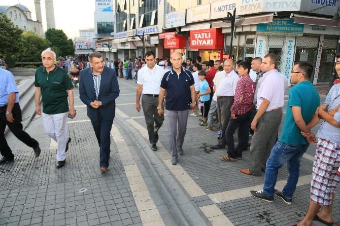 Başkan Gürkan, İftar Çadırını Gezdi