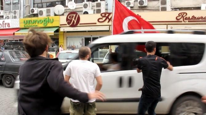 Rize'de Gergin Doğu Türkistan Yürüyüşü