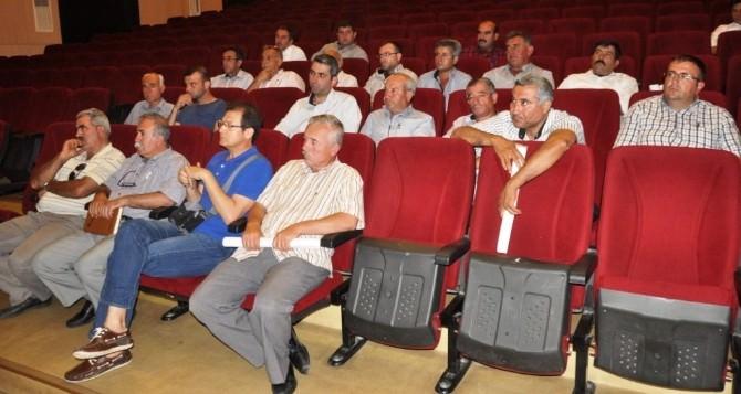 İzmir Büyükşehir Küçükmenderesli Üreticilerle Yakın Temas Kuruyor