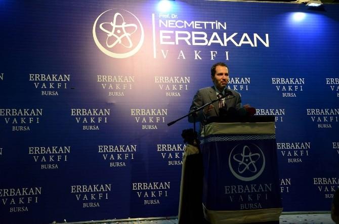 Fatih Erbakan Bursa'da Düzenlenen İftar Programına Onur Konuğu Oldu