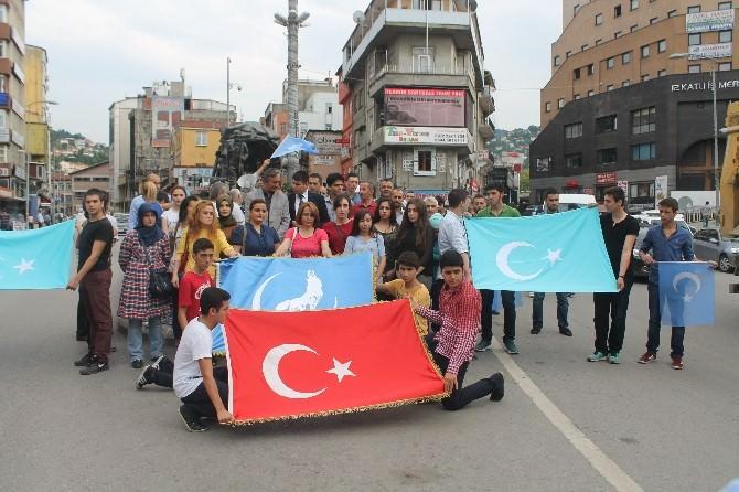 Zonguldak Ülkü Ocakları Doğu Türkistan'ı Unutmadı