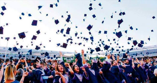 Işık 851 iyi insan mezun etti