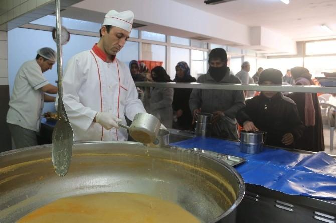 Büyükşehir Belediyesi Aşevi Fitre Ve Zekât Bağışlarınızı Bekliyor
