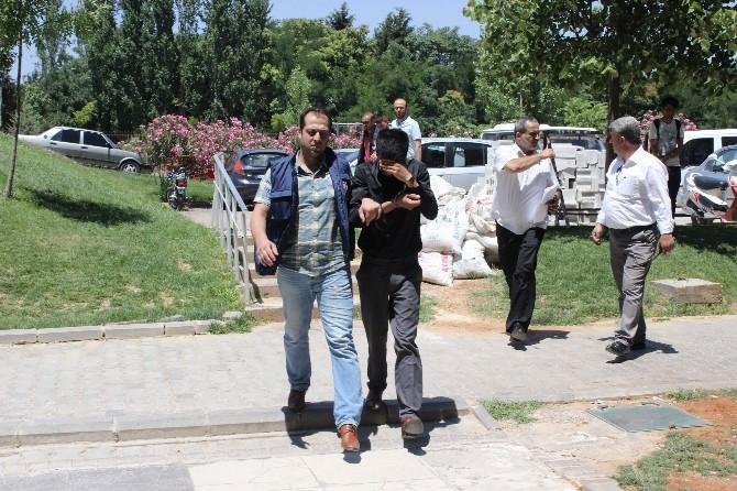 Gaziantep'teki Cinayetin Zanlıları Adliyeye Sevk Edildi