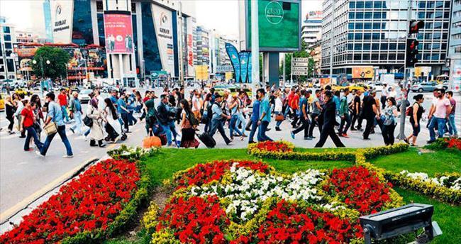 Ankara, 4 milyon çiçekle bu yaz da rengarenk